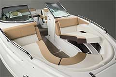Bow Seating of a Cruisers Yachts 258 Bow Rider