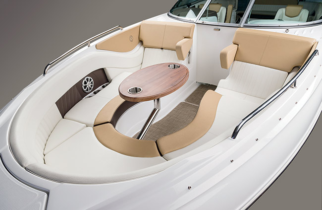 Bow Seating of a Cruisers Yachts 298 Bow Rider