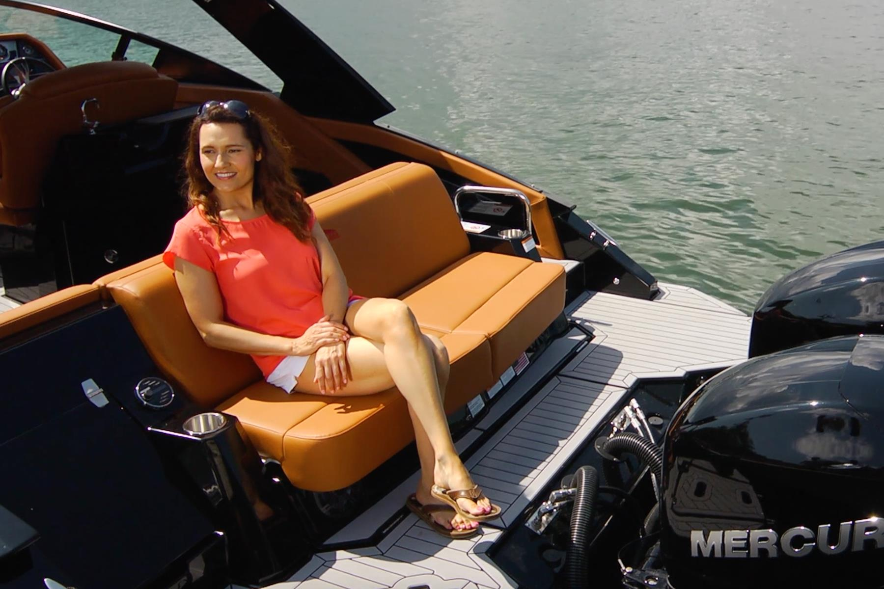 Convertible Sunpad of a Cruiser Yachts 338 Outboard