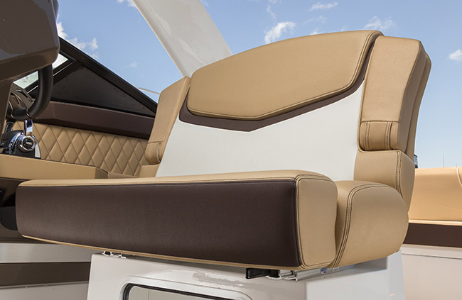 Captain's Seat of a Cruisers Yachts 338 Bow Rider