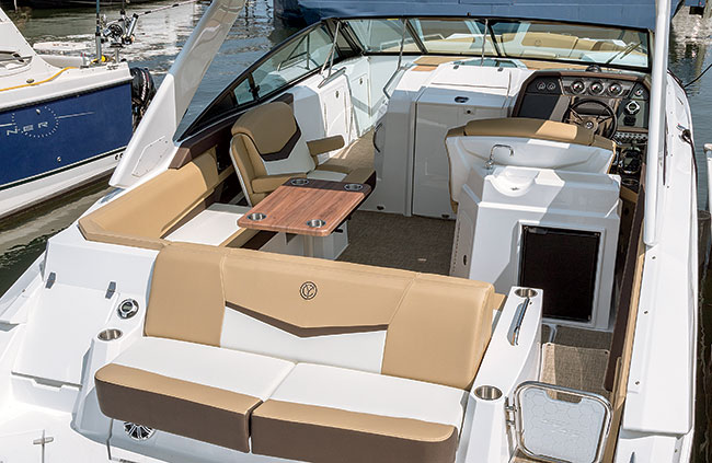 Cockpit of a Cruisers Yachts 338 Bow Rider