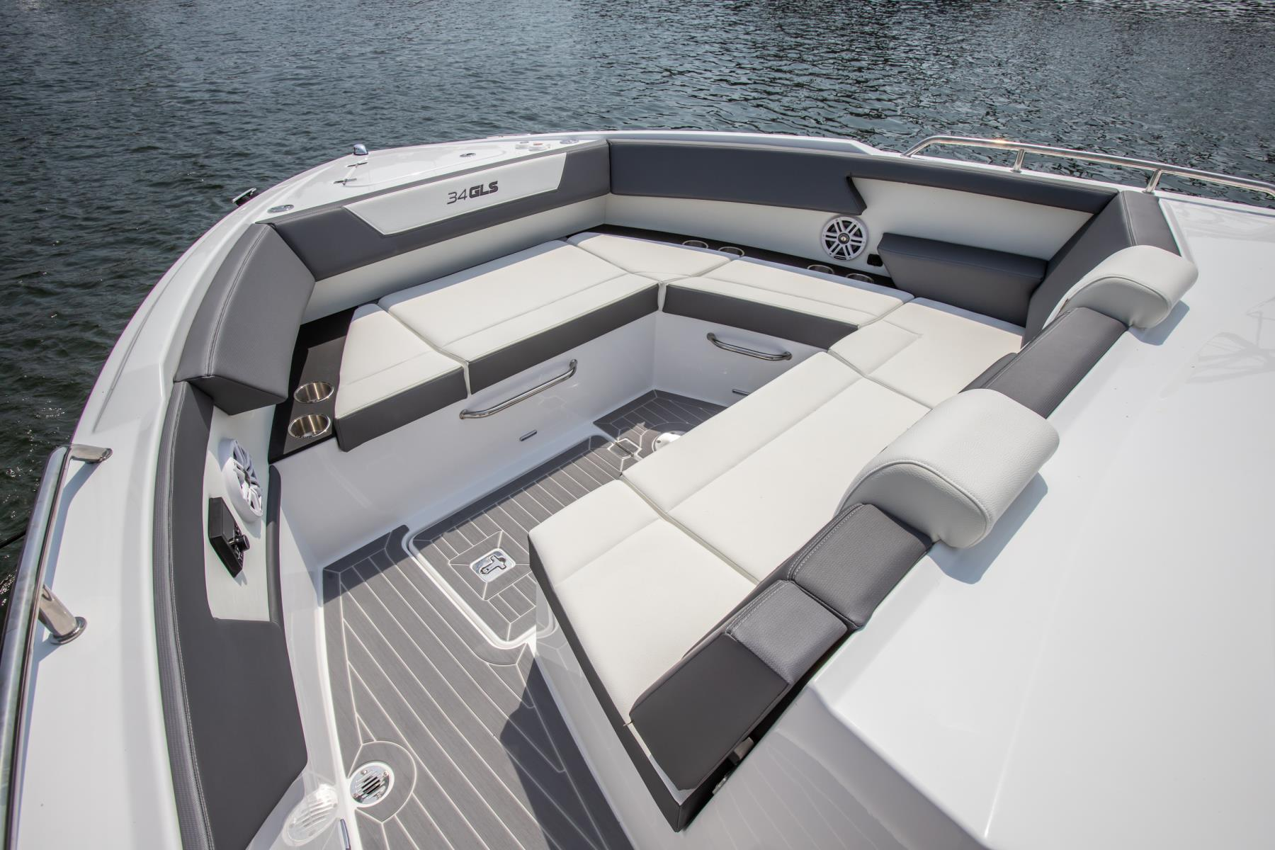 Helm of a Cruiser Yachts 34 GLS