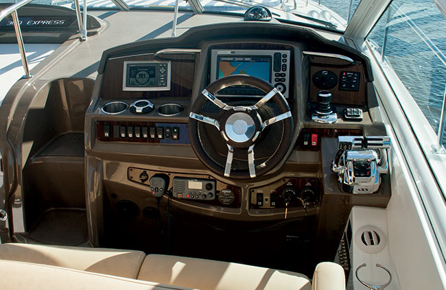 Helm of a Cruisers Yachts 39 Express