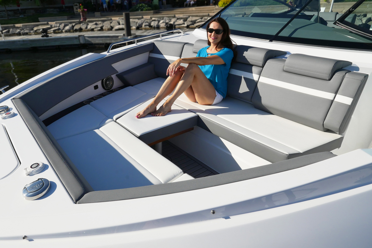 Bow Seating of a Cruiser Yachts 38 GLS