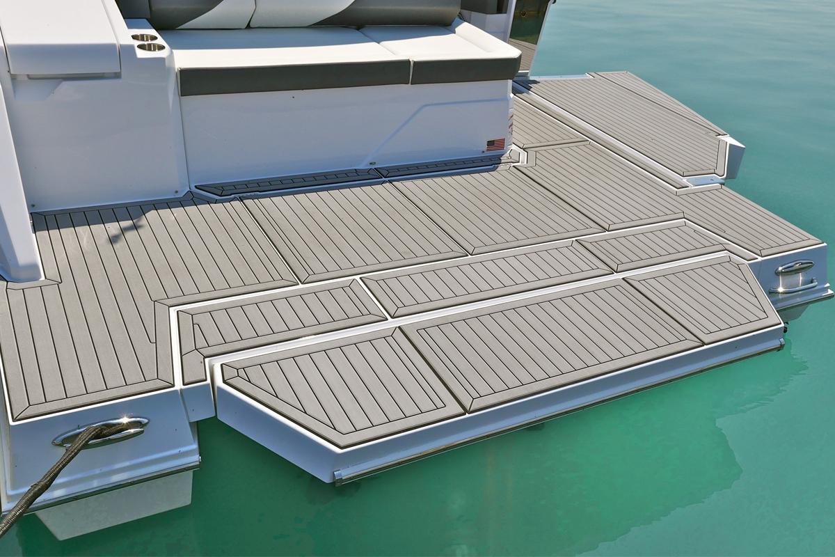 Inboard Swim Platform of a Cruiser Yachts 38 GLS I/O
