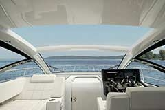 Hardtop Open of a Cruisers Yachts 39 Express Coupe