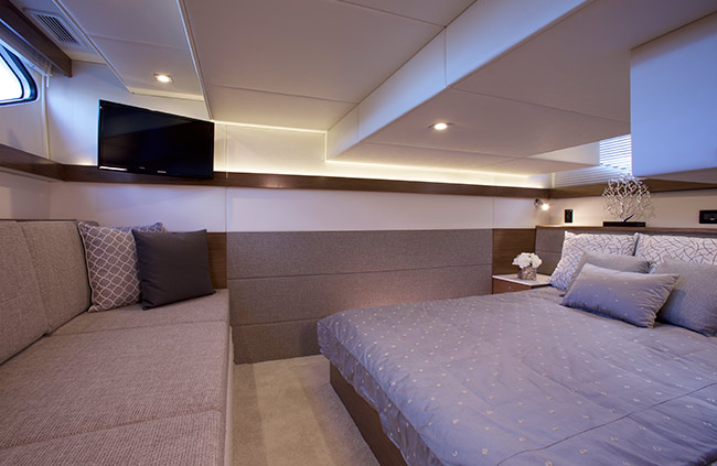 VIP Stateroom of a Cruiser Yachts 42 Cantius