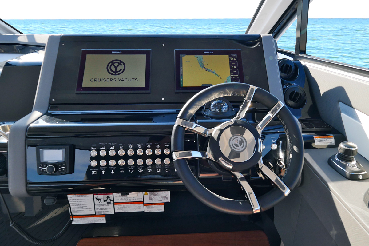 Helm of a Cruiser Yachts 42 GLS
