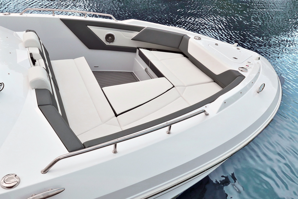 Bow Seating of a Cruiser Yachts 42 GLS