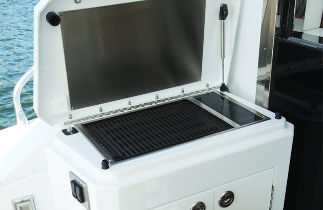 Grill of a Cruiser Yachts 54 Cantius