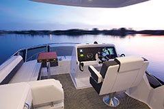 Flybridge of a Cruiser Yachts 54 Fly