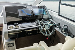 Helm of a Cruiser Yachts 60 Cantius